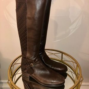 Tall leather boots in brown, size 8.5